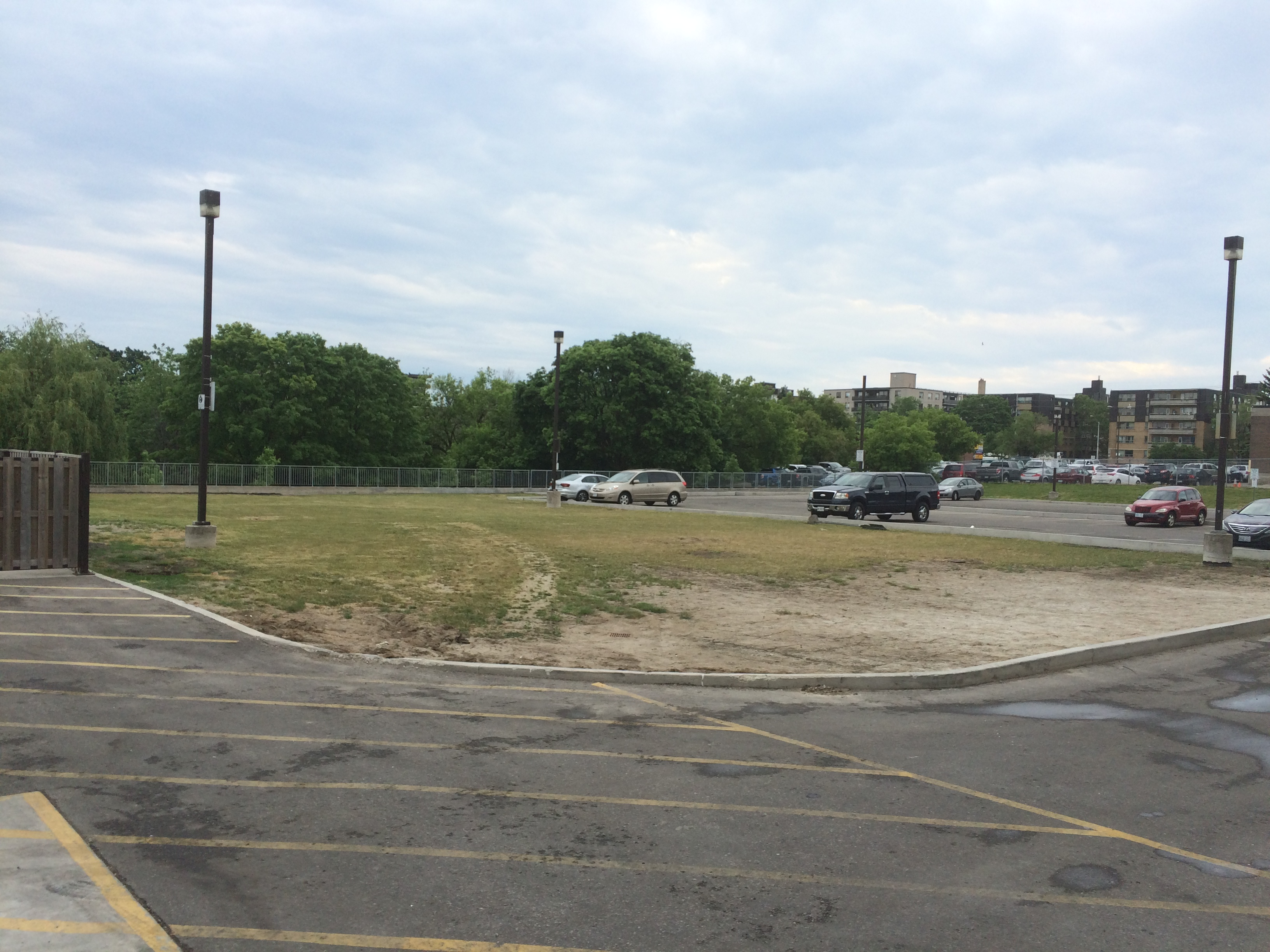 Area outside 1021 Birchmount Rd. to be redeveloped