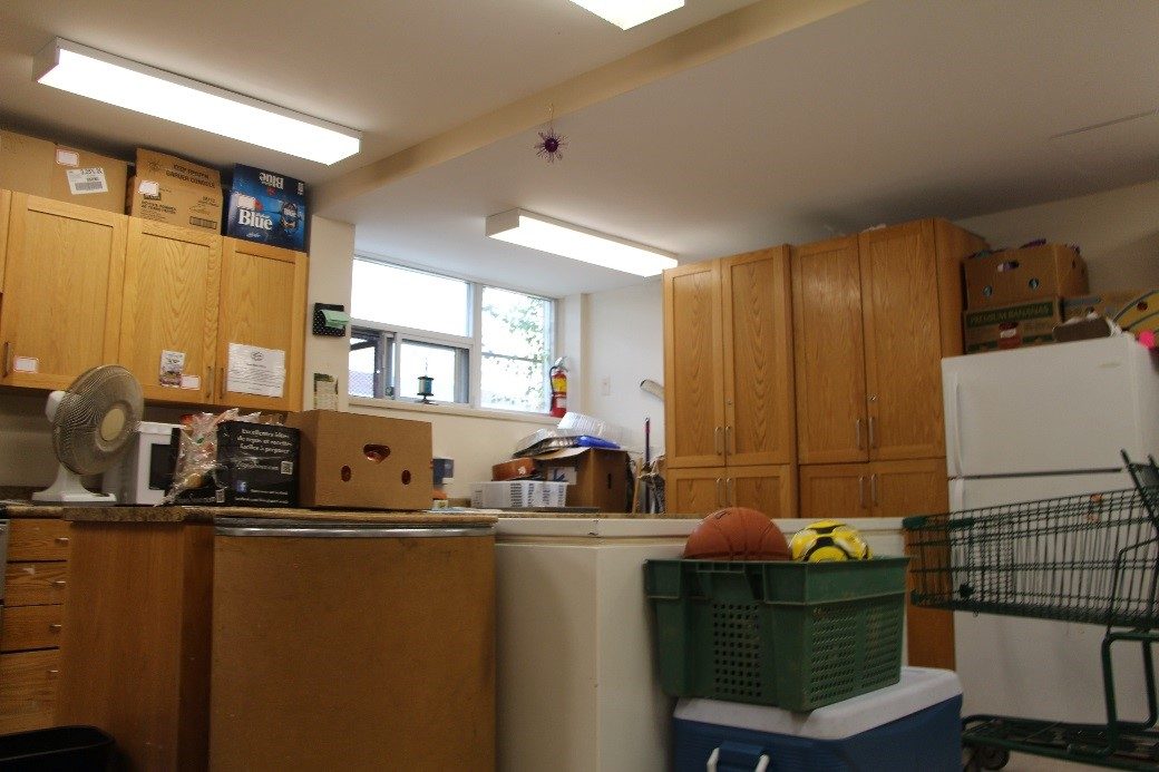 A photo of the kitchen at the Thistletown food bank.